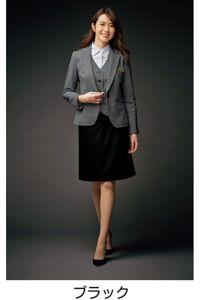 モデル着用 ブラック スカートスタイル 全身